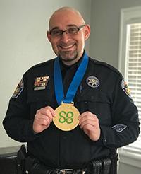 Diputado Brad RiccilloPueblo Sheriff del Condado